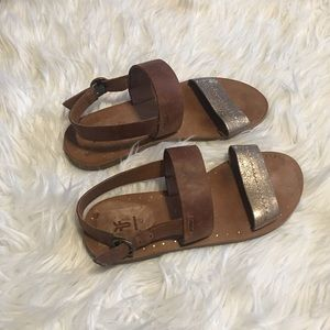 Frye strappy Sandals size 6